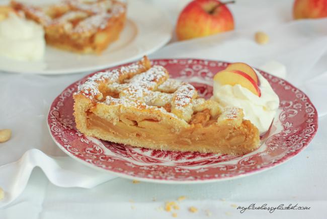 Apple-Almond Tarte