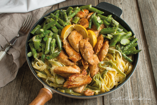 Pasta with Chicken, Asparagus and Lemon Sauce - My ...
