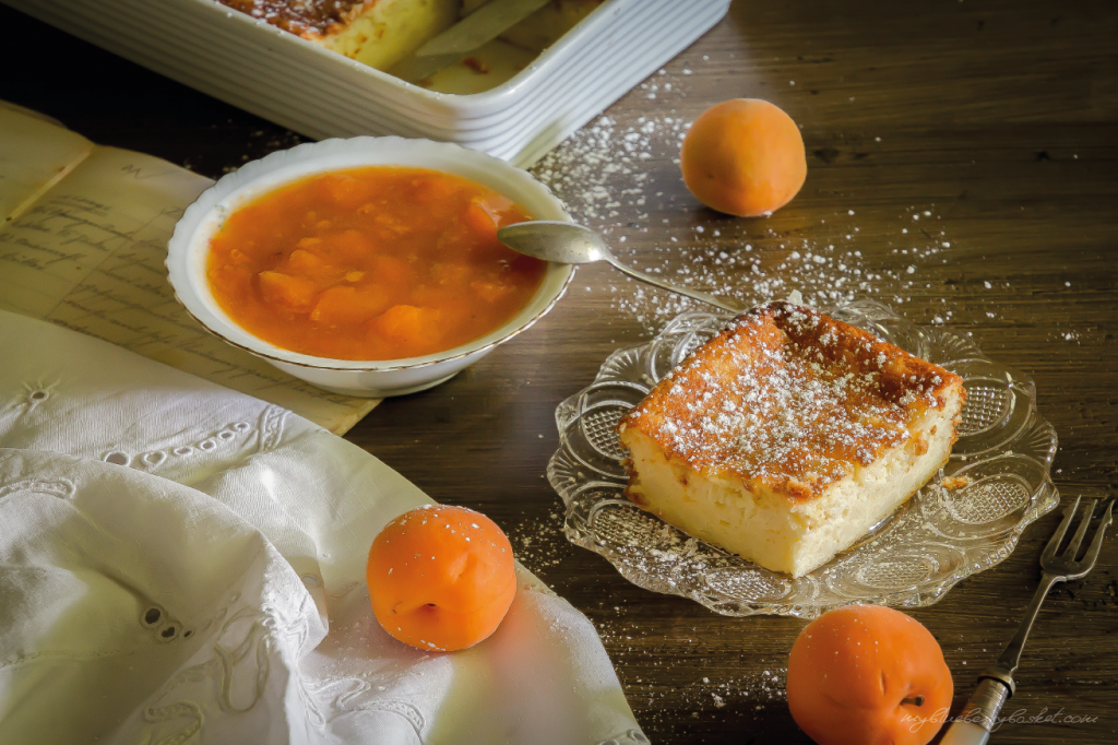 Curd Cheese and Semolina Pudding with Apricot Preserve