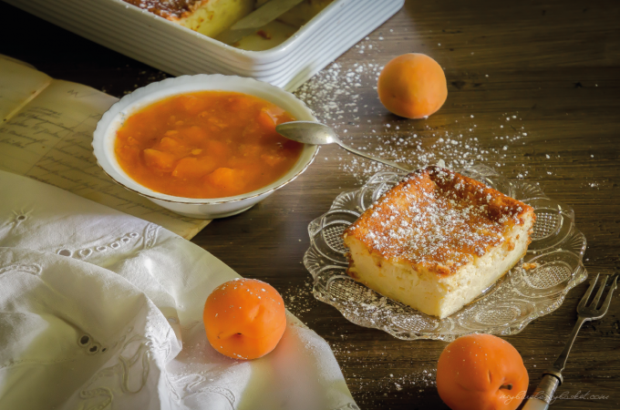 photo of curd cheese pudding with apricot preserve